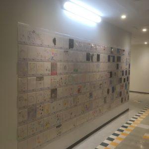 ザ・スクエア 聖蹟桜ヶ丘駅前ショッピングセンター地階 作品展示風景-2